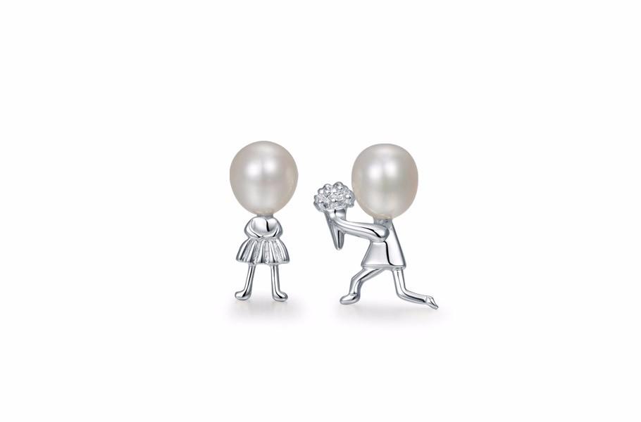S925银镶淡水珍珠耳钉